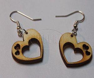 8845e8489 Dřevěné náušnice - srdce